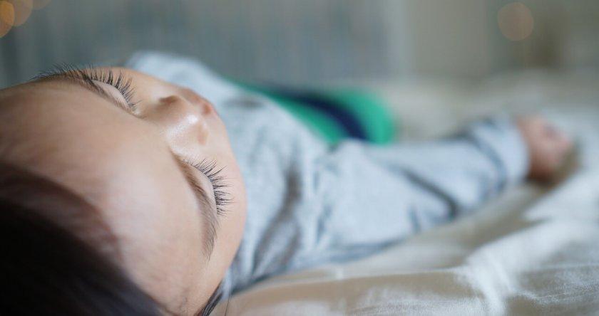Koliko beba treba da spava