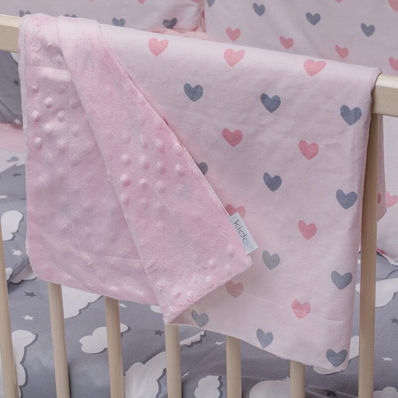 KIDO minky roze prekrivač sa srcima u roze i sivoj boji.
